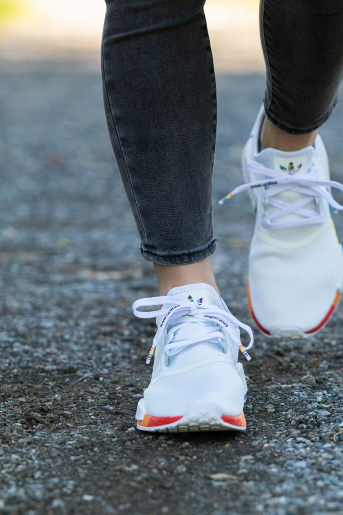 What is a running shoe